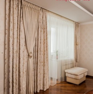 Шторы в гостиную с элементами сваровски