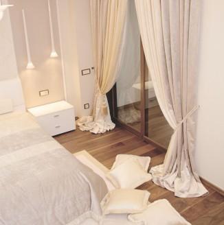 Шторы для бежевой спальни