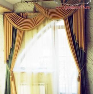 Классические шторы на двойном карнизе