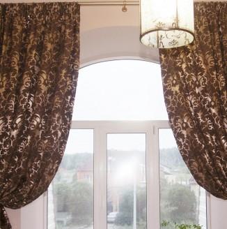 Классические шторы в ванную