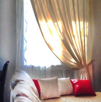 Портьеры для гостиной комнаты