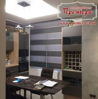 Строгие римские шторы на кухню