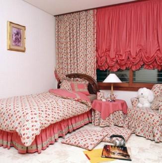 Плотные шторы для детской спальни