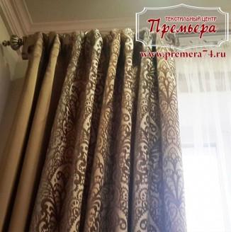 Коричневые шторы с ажурным рисунком