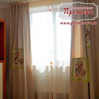 Бежевые шторы в детскую комнату