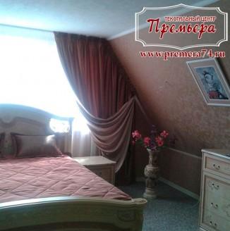 Классические шторы в уютную спальню