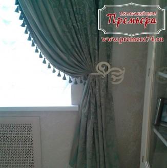 Декоративные шторы выполненные в классическом стиле