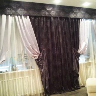 Классические шторы с орнаментом