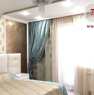 Атласное оформление спальни