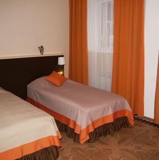 Оранжевая комната А-БУТИК ОТЕЛЬ