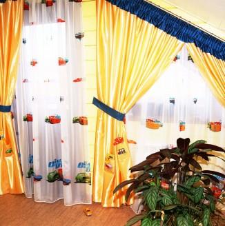 Желтые шторы для детской комнаты