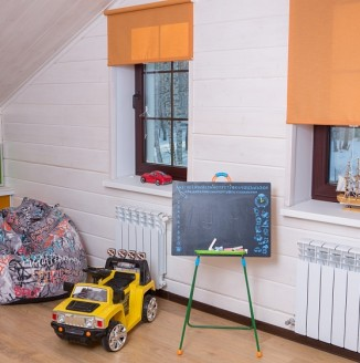 Яркие шторы в детскую
