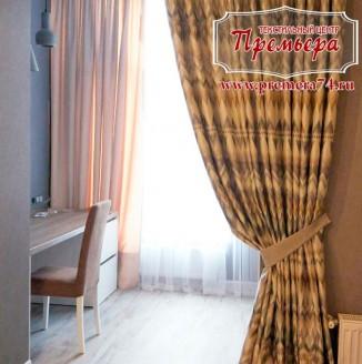 Текстильное оформление небольшой комнаты