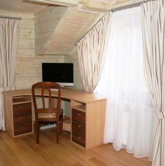 Оформление комнаты шторами в современном стиле