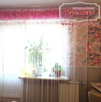 Воздушное оформление девичьей комнаты