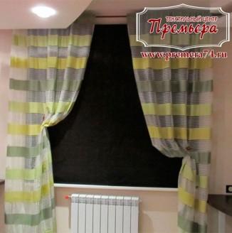 Кухонные шторы в полоску