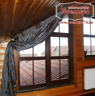 Текстильное оформление кабинета на мансарде