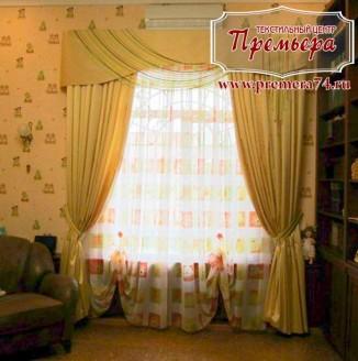 Шторы для гостиной выполненные в классическом стиле