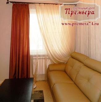 Дизайн нежно-бежевых штор для гостиной