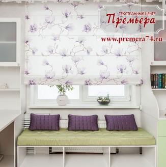 Светлое текстильное оформление комнаты для девочки