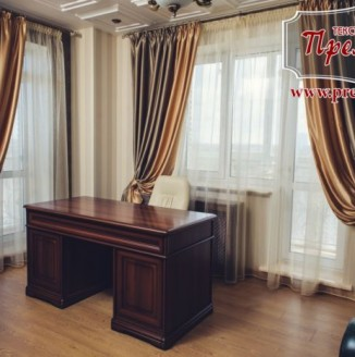 Атласные шторы для кабинета