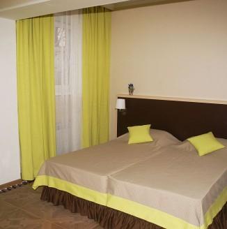 Желтая комната А-БУТИК ОТЕЛЬ
